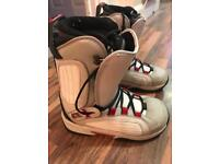 Factory cruiser snowboard boots size 8