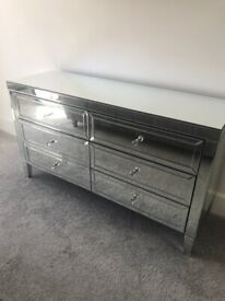 6 Drawer Mirrored Chest of Drawers