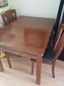 solid wood Dining extendable table & 4 chairs