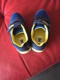Minions boys size 11 brand new trainers £10