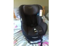 MaxiCosy Milofix Car seat - Brilliant Condition
