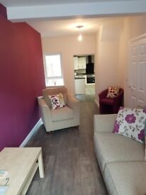 STUDENT ACCOMMODATION IN BELFAST - 3 bedrooms available