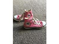 Girls, Converse shoes. Size 11.5