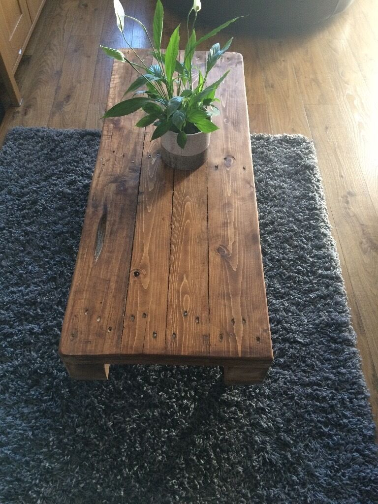 For sale shabby chic coffee tablein Chester Le Street, County DurhamGumtree - For sale pallet wood coffee table just made and stained lovely shabby chic furniture can make in any size if wanted £70.00 no offers