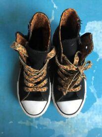 Converse (640476C) Junior Zip Back Black/Leopard Youth Trainers (Size UK 10.5/US 11/EUR 28)