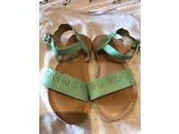 Next Girls Green Sandals (9)