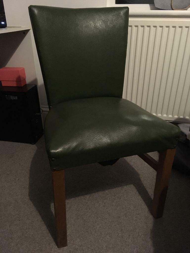 Retro leather effect chair