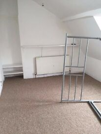 Double room for rent in 4 bed house share - Stokes Croft £435 pcm (not incl bills)