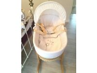Moses basket and rocker stand