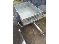 Erde 142 Trailer plain and simple in really good cond .
