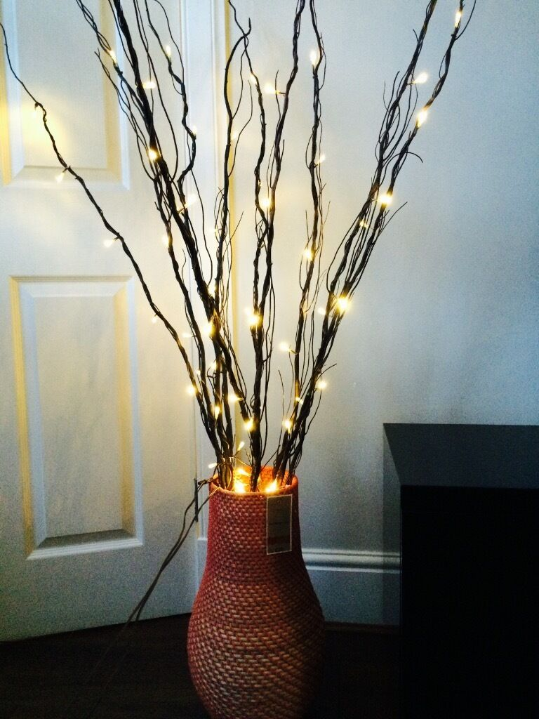 NEXT ORANGE WICKER VASE WITH 2 SETS OF NEXT TWIG LIGHTS COST 67 SELL