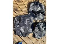 Free - 3 black velcro bags