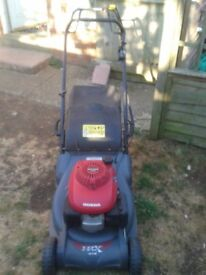 Honda HRX 476 lawnmower