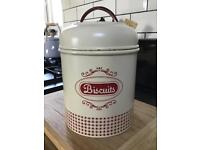 Cream Enamel Vintage Style Biscuit Barrel by Rayware