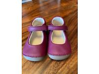 Clarks baby Size 3 1/2F Berry Leather shoes