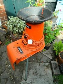 Garden Shredder Flymo 1200 used but working. Suitable for light twiggy or stalky material