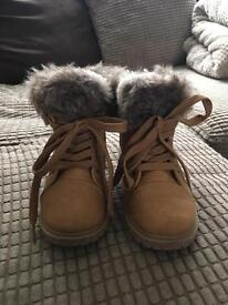 Size 11 ugg boots