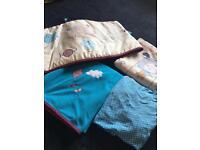 BOYS BABIES R US COT/COT BED SET £20