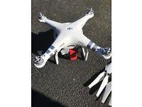 DJI PHANTOM 3 ADVANCED (DRONE)