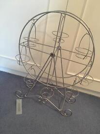 Cake stand - Ferris wheel