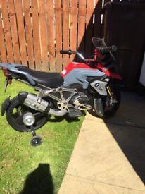BMW 12V motorbike