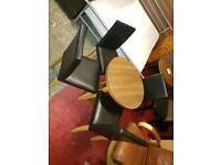 Oak table 4 leather chairs