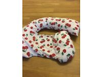 Dream Genii pregnancy support and Feeding Pillow