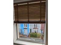 Set of two wooden venetian blinds