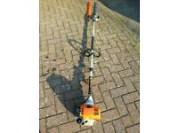 Sthil HL100 long reach hedge trimmers