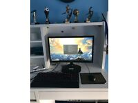 Gaming PC Setup including monitor, keyboard, mouse and Windows10