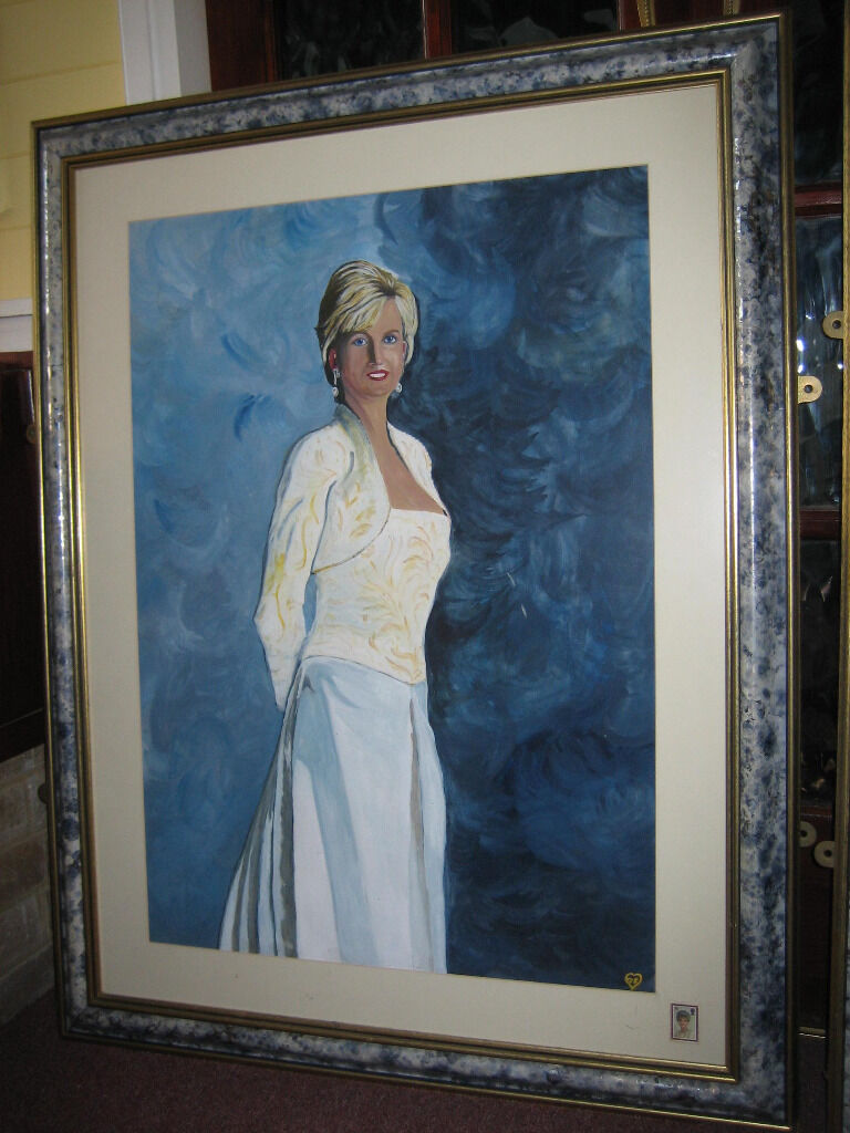 TWO VERY LARGE ORNATE PICTURE FRAMES CURRENTLY PAINTINGS OF PRINCESS ...