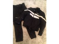 Spada motorcycle jacket and trousers. Size Small (10)