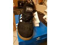 addidas men's trainers