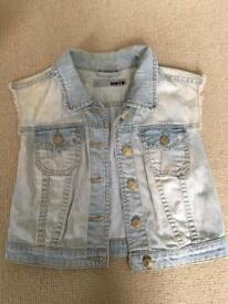 Topshop MOTO cropped sleeveless denim jacket