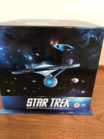 STAR TREK BOX SET - EXCELLENT CONDITION