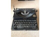 Imperial The Good Companion Model T typewriter