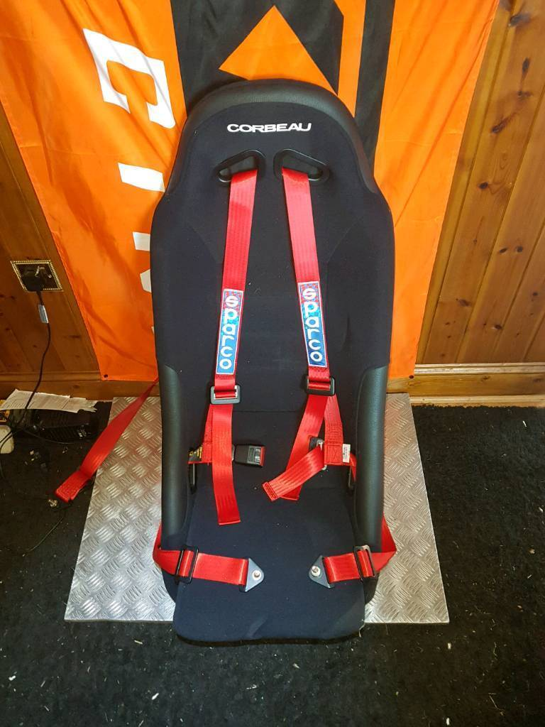 Recaro bucket seats with Sparco 3 point harness