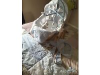 Claire de lune rocking stand, Moses basket & matching bedding/accessories