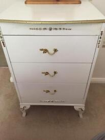 Chest of drawers white with brass handles
