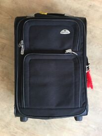 Samsonite cabin luggage (21 inches)
