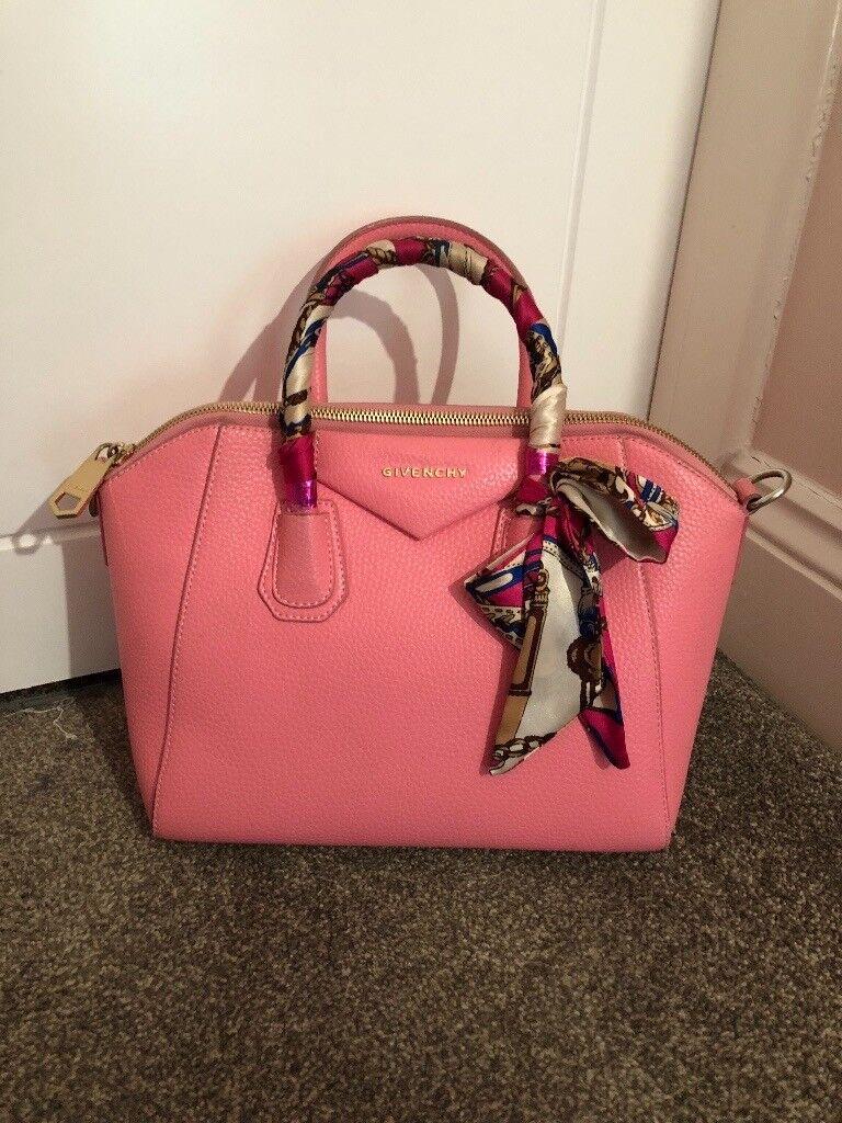 Givenchy Antigona Handbag Baby Pink  752d9435b88cb