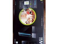 REDUCED Wii Games Console (Black) and Fit board (White ) 2 Motion sensor controllers