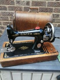 Singer Sewing Machine 99k Hand Crank in box