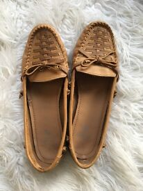 TU Brown leather flats size 6