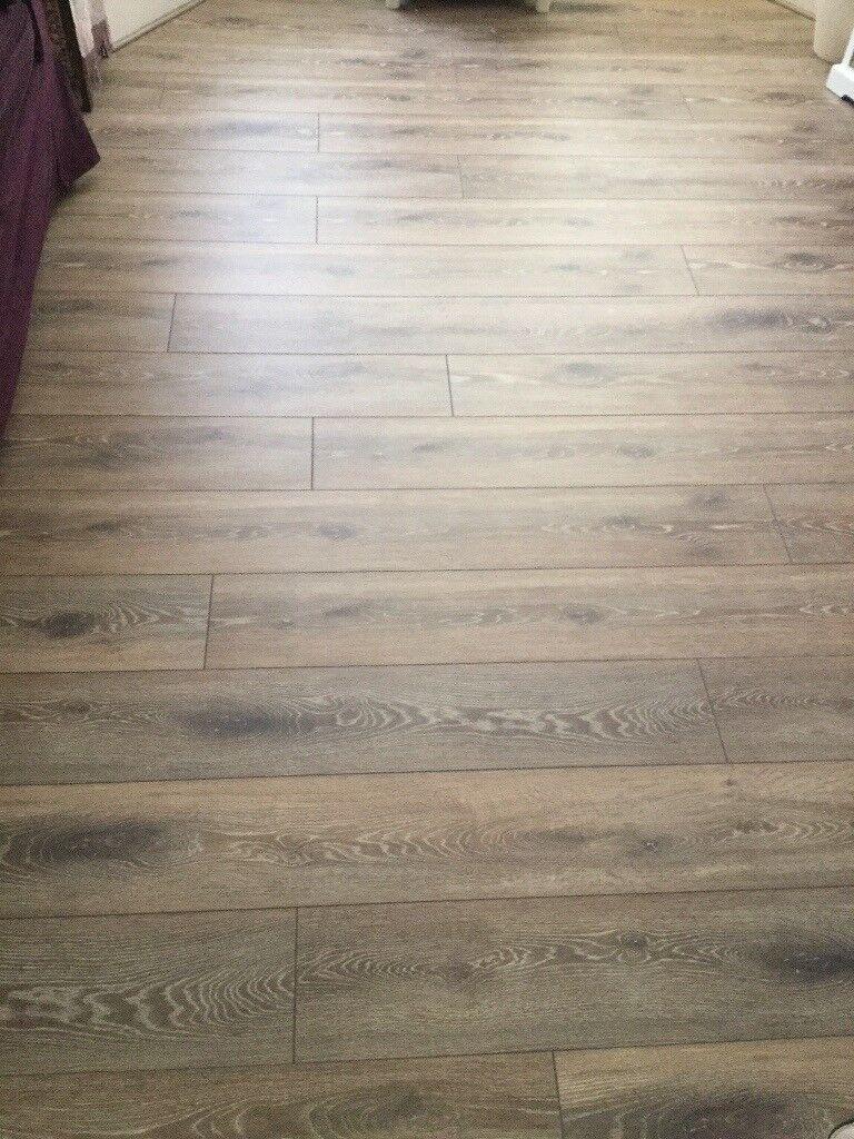 Homebase Walton Oak Laminate Flooring 4 Packs Off Cuts