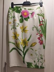 Oasis floral pencil skirt