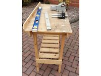 Work Bench Wooden with accesories