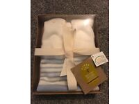 Knitted baby boy jumper brand new in box 0-3 months
