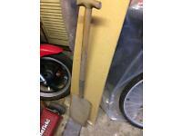 Garden Spade - solid wooden handle