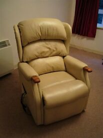 HSL Rise & Recline Chair - Beige leather chair with rise and recline facility. Good working order.